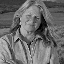 the solace of open spaces by ehrlich essay The solace of open spaces npr coverage of the solace of open spaces by gretel ehrlich news, author interviews, critics' picks and more  this series of essays about rural life, based on the .